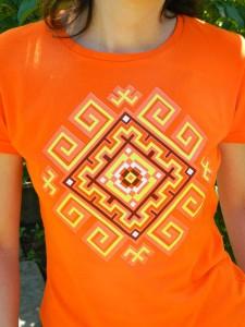 Футболка женская Солнечный ромб. Фото от наших покупателей.