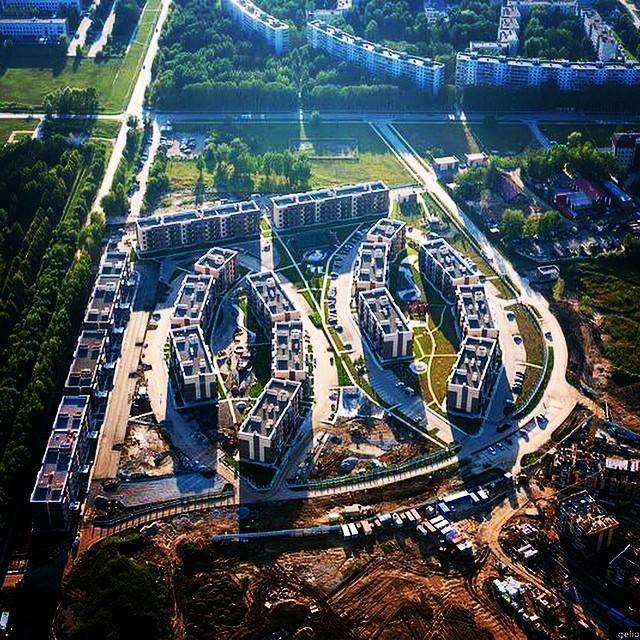 т.н. Бавария, Краснообск (ВАСХНиЛ), малоэтажный жилой комплекс в пригороде