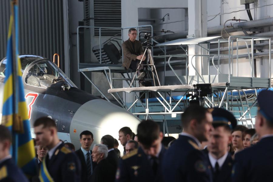 Dzemgi-Su35S-operator-HR