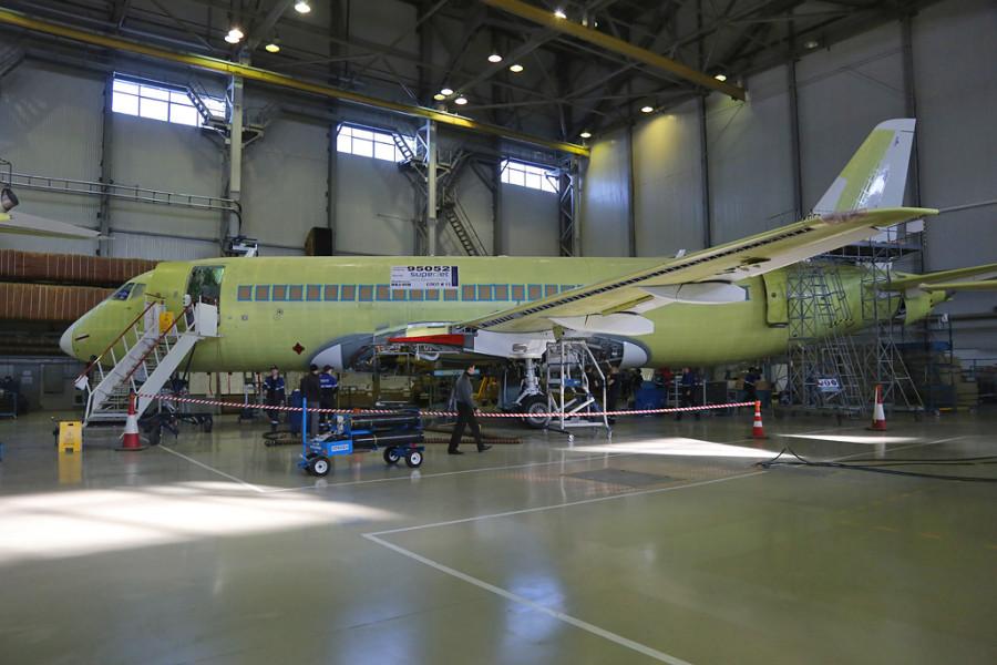 Dzemgi-sborka-SSJ95-95052
