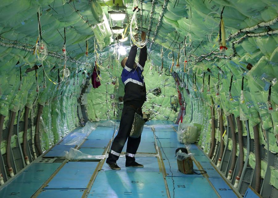 Dzemgi-sborka-SSJ95-95052-cabin