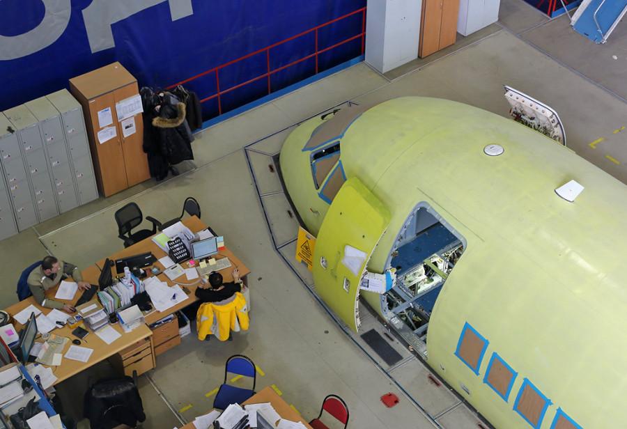 Dzemgi-sborka-SSJ95-95059-nose