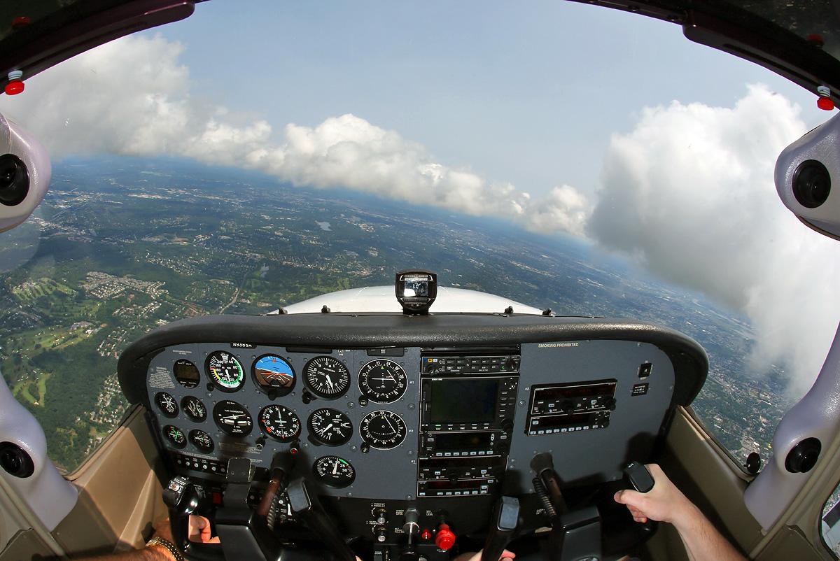 C172-N938SA-cockpit