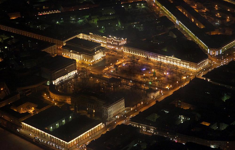 http://ic.pics.livejournal.com/fyodor_photo/45977679/640789/640789_original.jpg