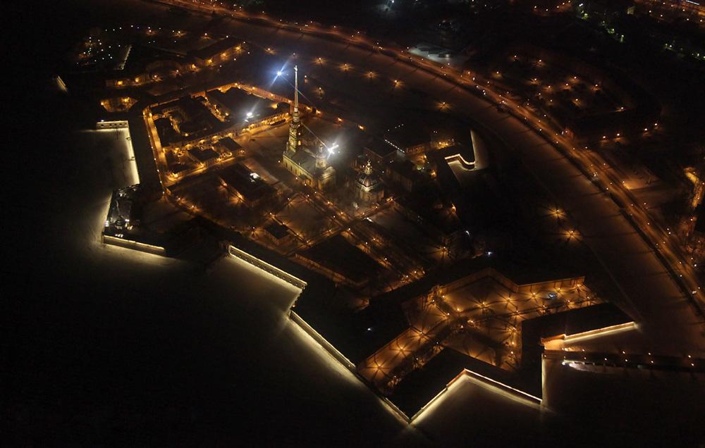 http://ic.pics.livejournal.com/fyodor_photo/45977679/643409/643409_original.jpg