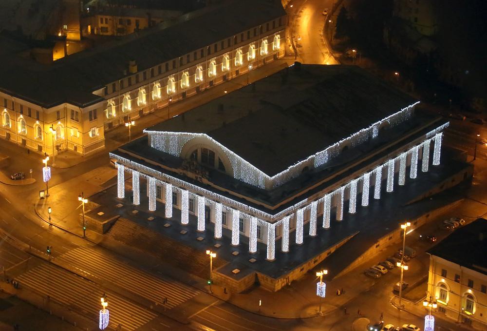 http://ic.pics.livejournal.com/fyodor_photo/45977679/648335/648335_original.jpg