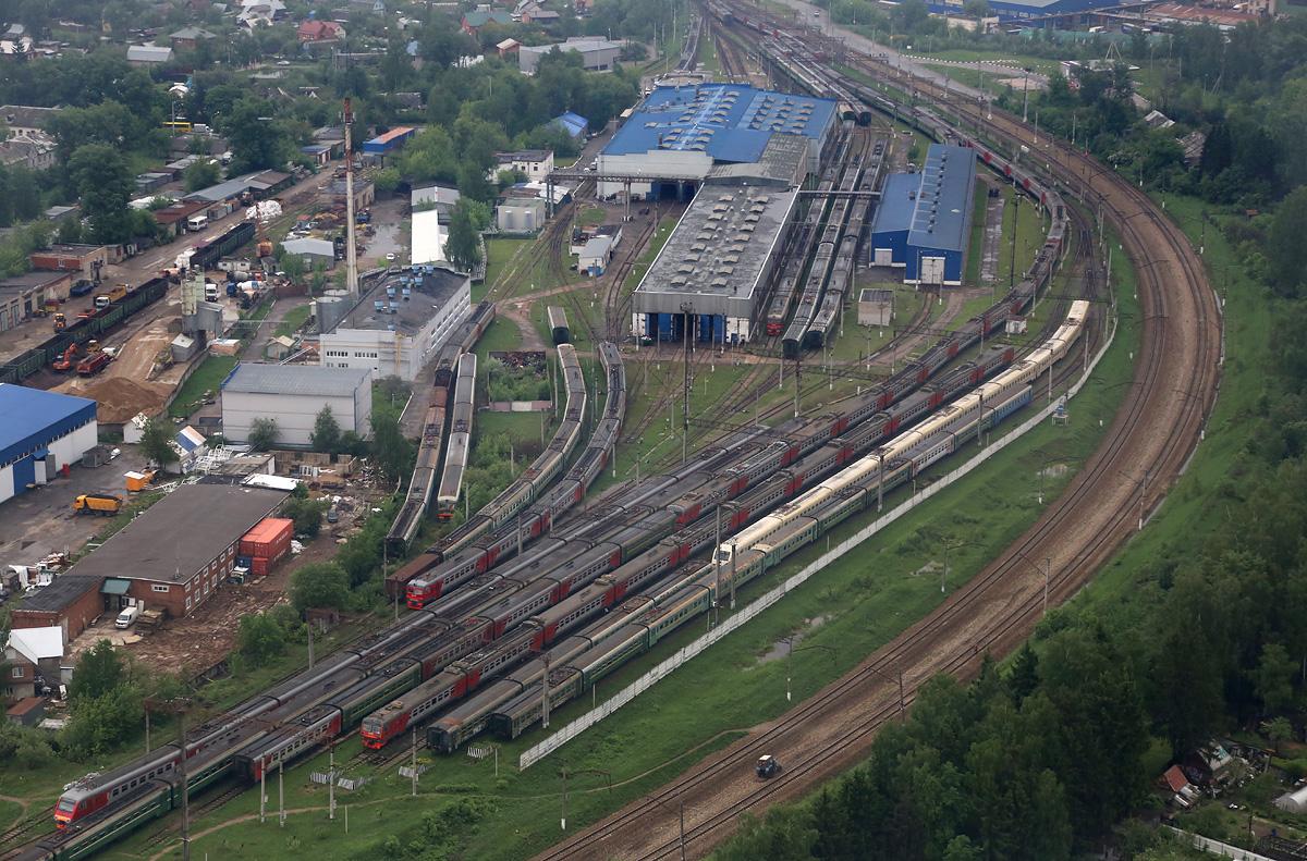 above-MosObl-Nakhabino-rail-2