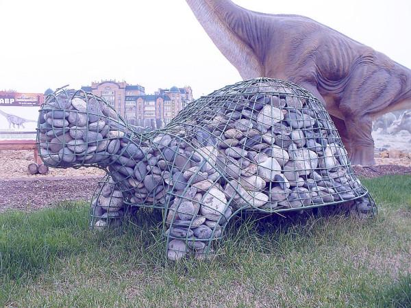 черепаха из камней