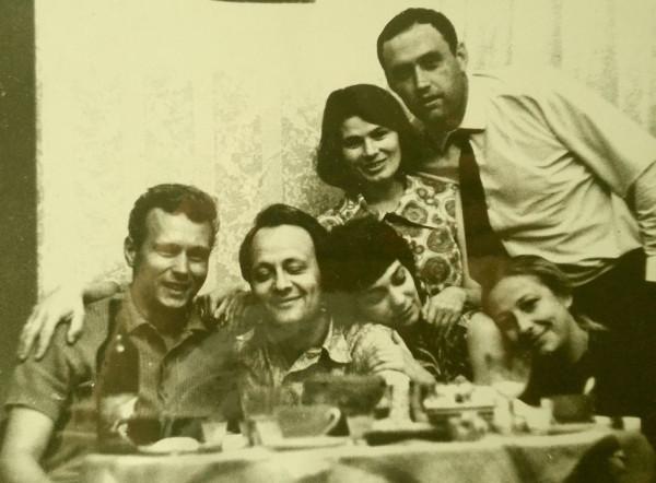 Федотов (Вецнер) Р.Р. второй слева