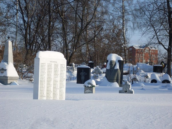 Арское кладбище-8 зимой 2011