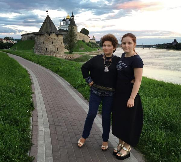 Ольга Миронович с дочей Настей