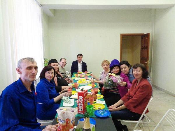 Гости за столом