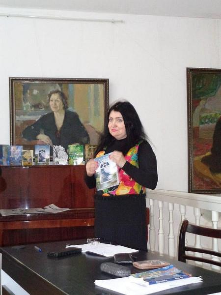 Елена Черняева  апр 2018