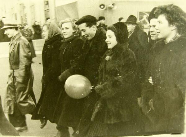Симанская Вероника в центре 1956