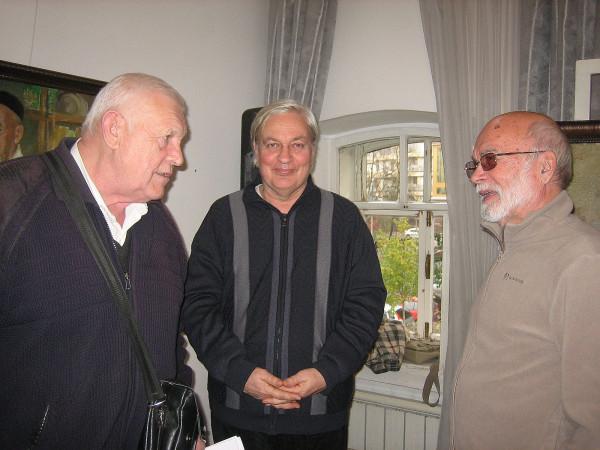 Аксёнов Алексей справа