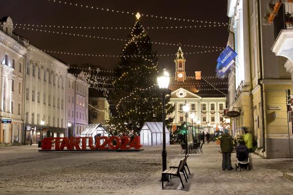Ёлка декабрь 2020 Тарту