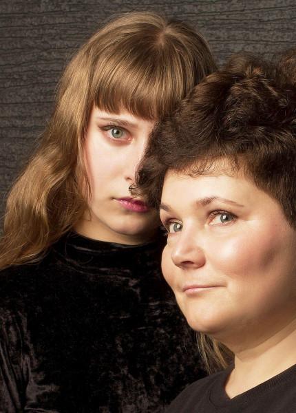 Ольга Миронович и дочь Глафира апр 2021
