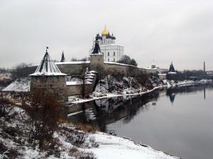 Псковск кремль от Варандея