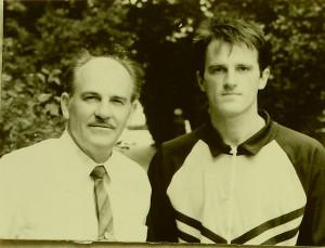 Егоровы, отец и сын. Псков, 1993