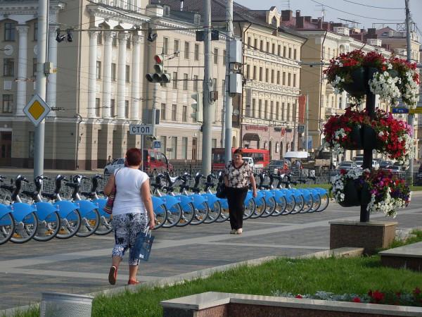 Мимо велосипедов