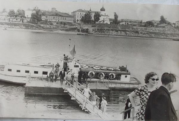 Псков. Речной катер в 1960-е годы