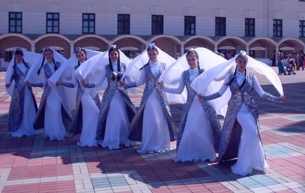 Искусство танца у музея