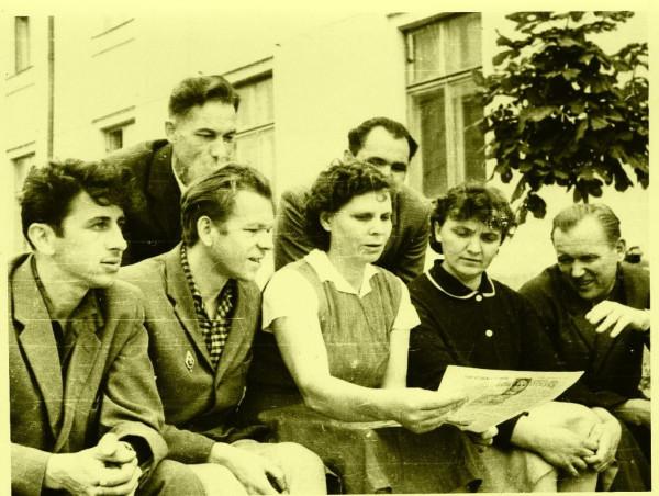 А.И.Гомон слева
