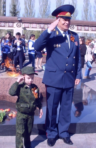 И стар, и млад Казань 9 мая