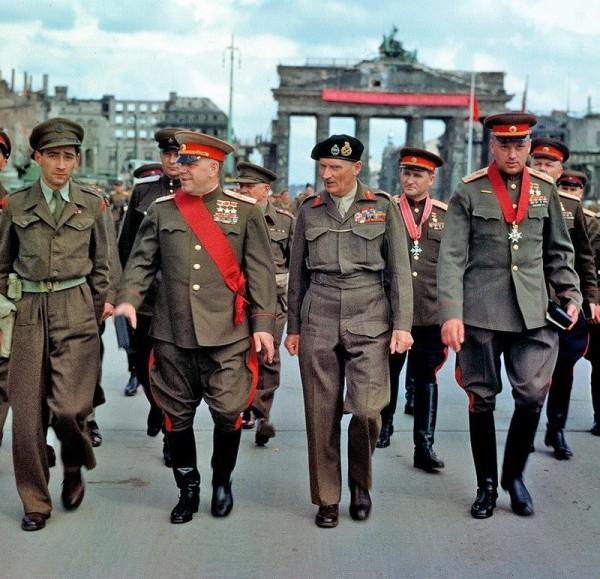 Берлин июль 1945