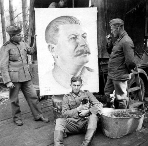 Сталин, щенки и солдаты Третьего рейха