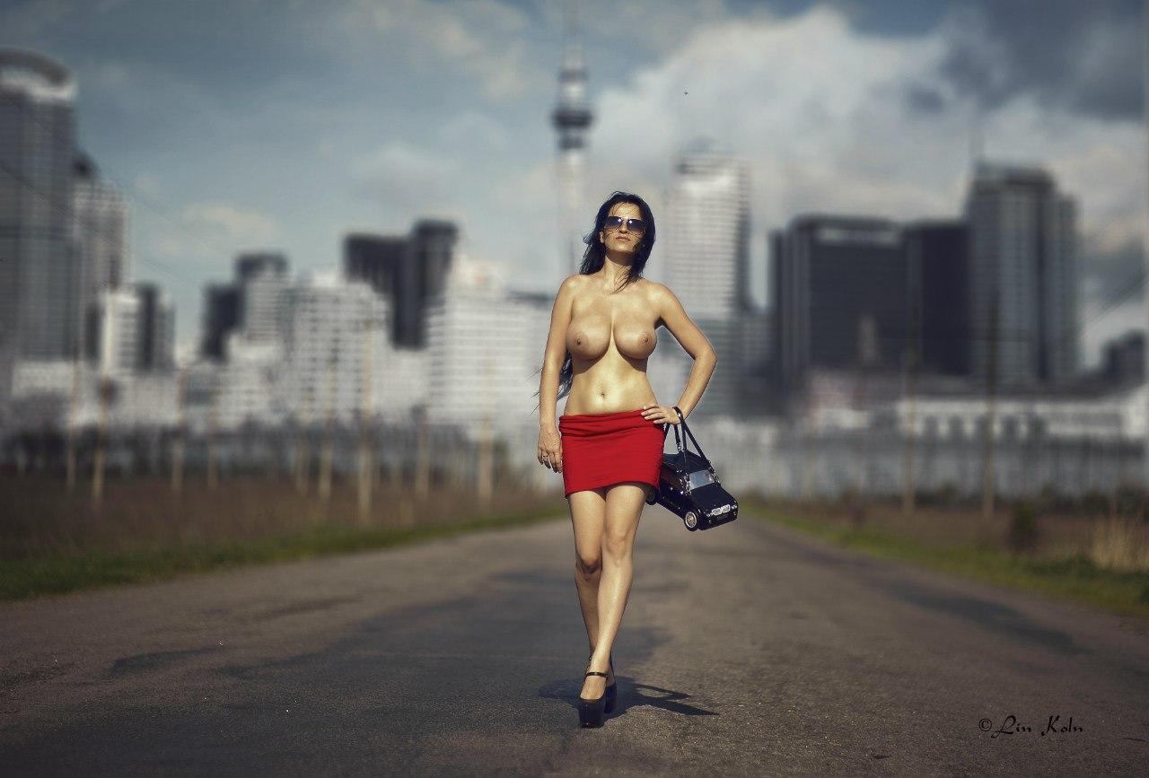 девушки и автомобили girls and cars 052.jpg