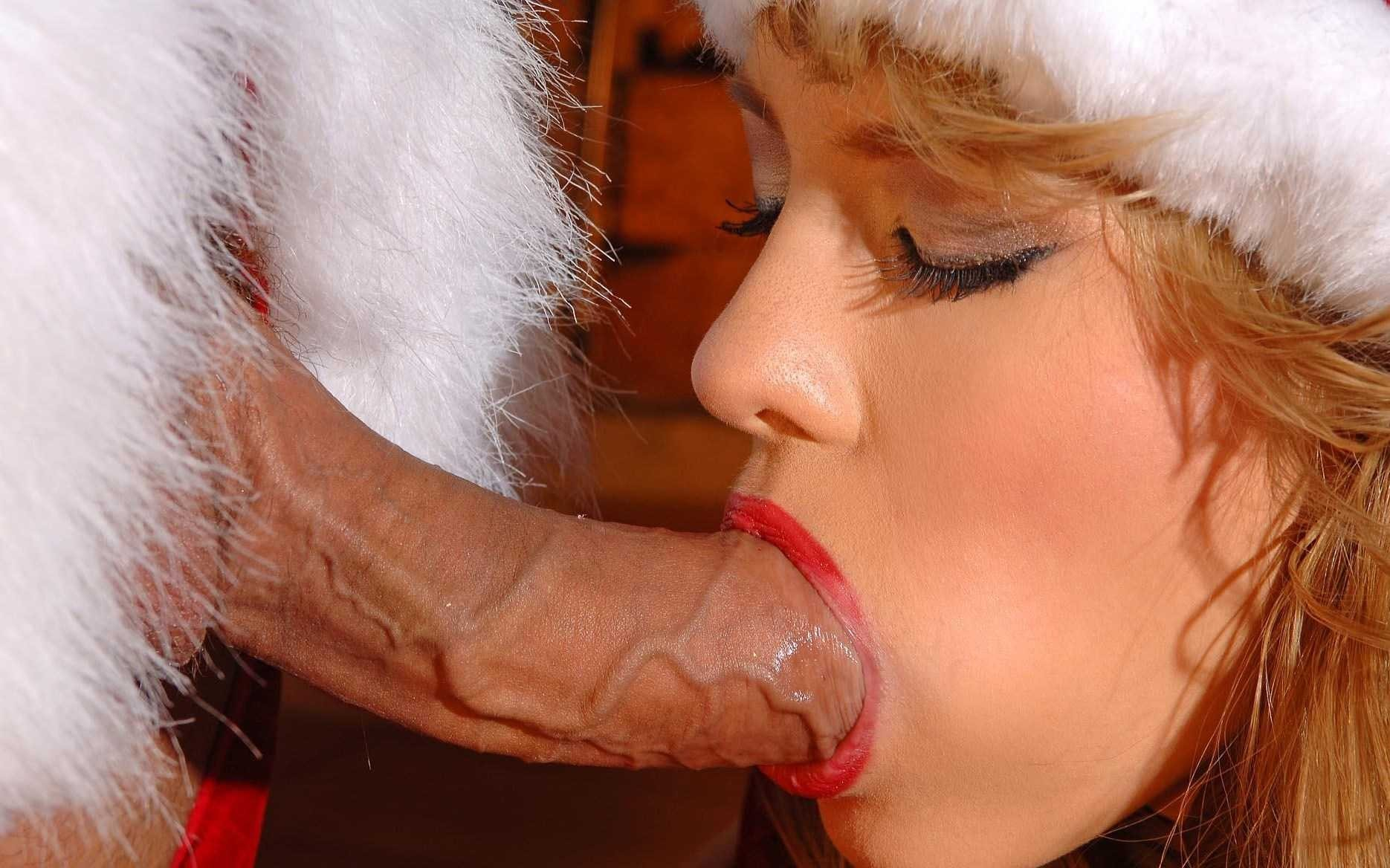 Elf doing blowjob naked clip