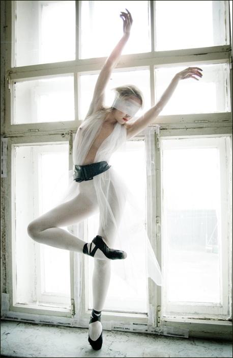 ballet_dancer_girl_pictures_06