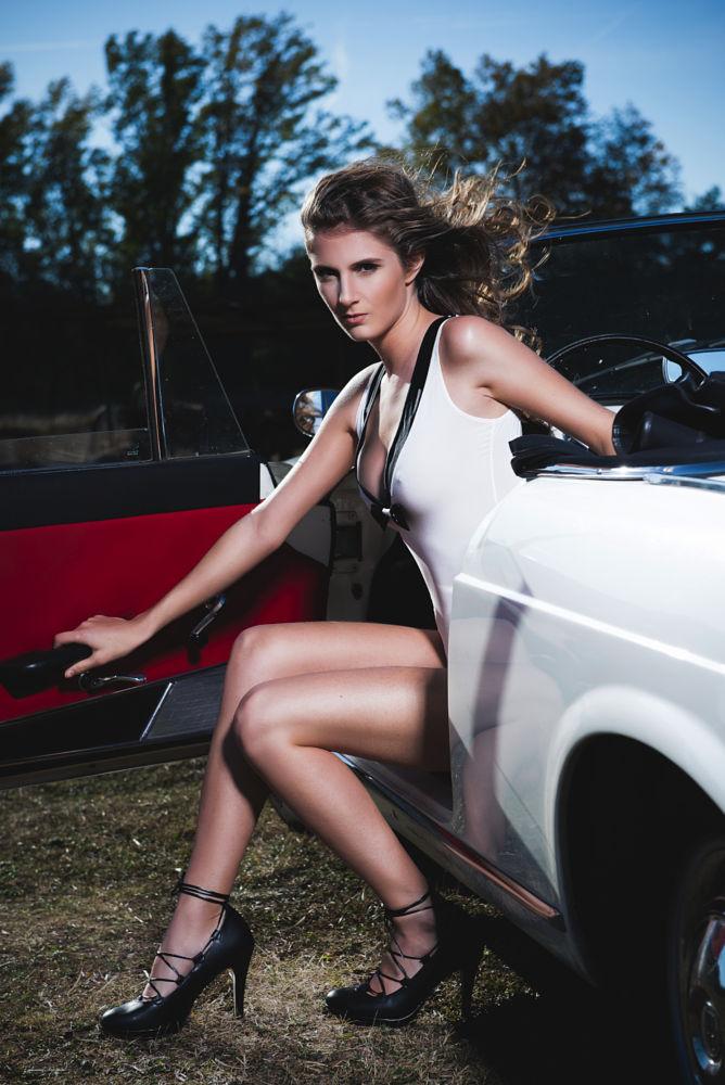 девушки и автомобили girls and cars 137.jpg