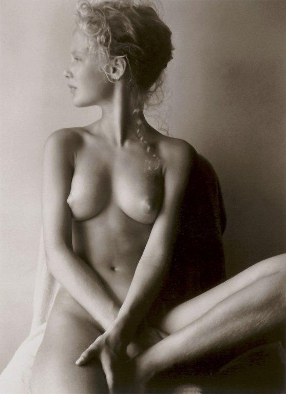 Женская грудь 0100.jpg