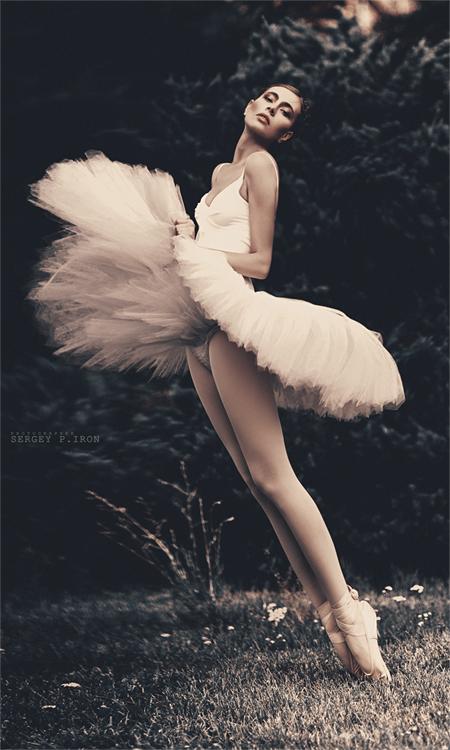 ballet_dancer_girl_pictures_11