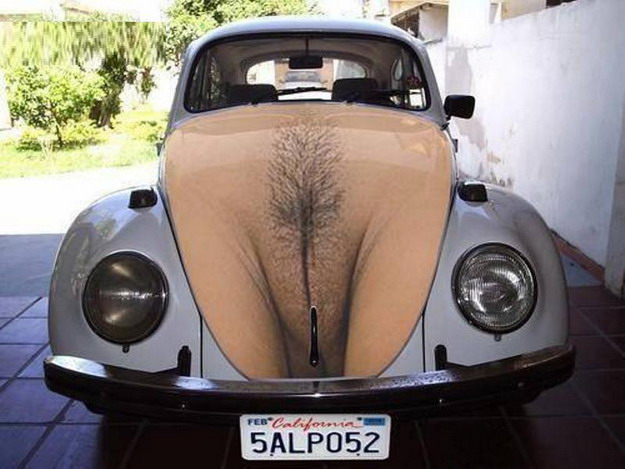 gadinagod_girls_naked_car_25