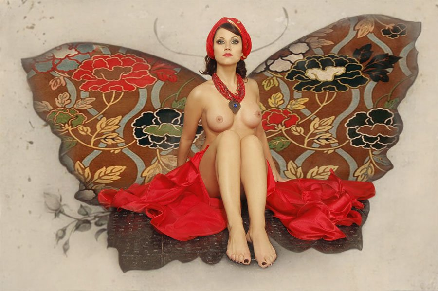 gadinagod_girls_naked_butterfly_04