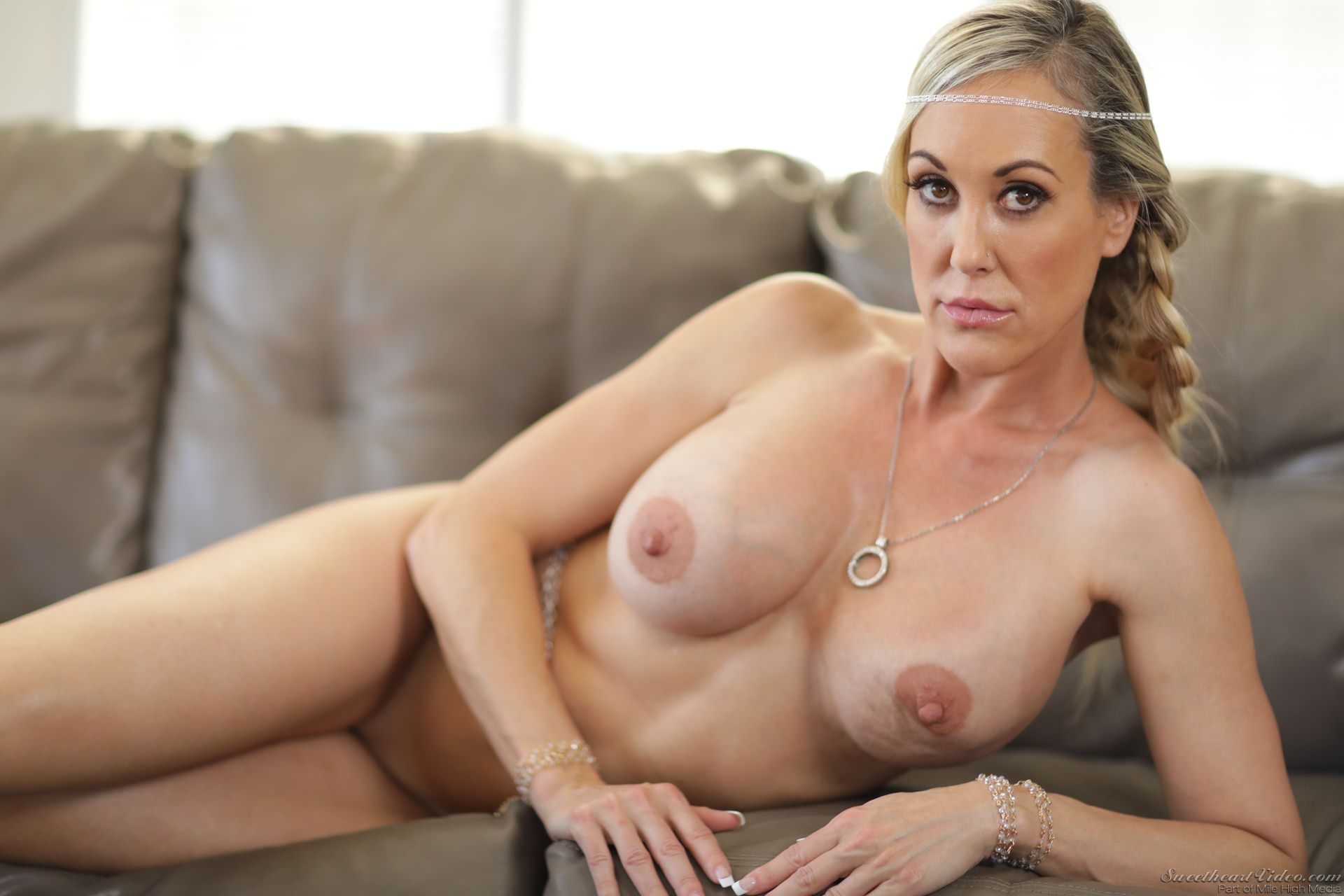 Round Ass Milf Porn Star Brandi Love Screwed
