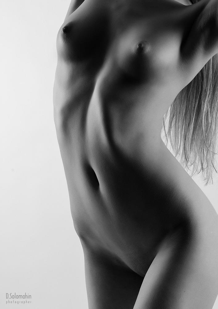 gadinagod_girls_naked_headless_15