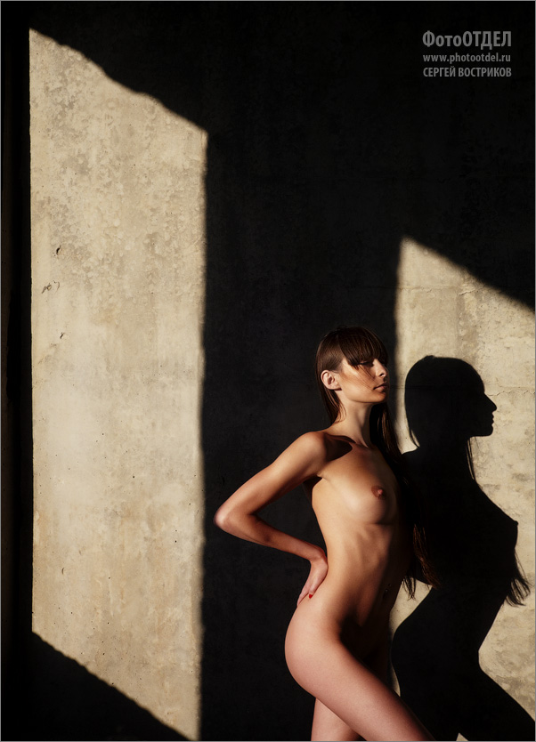 gadinagod_girls_naked_shadow_13
