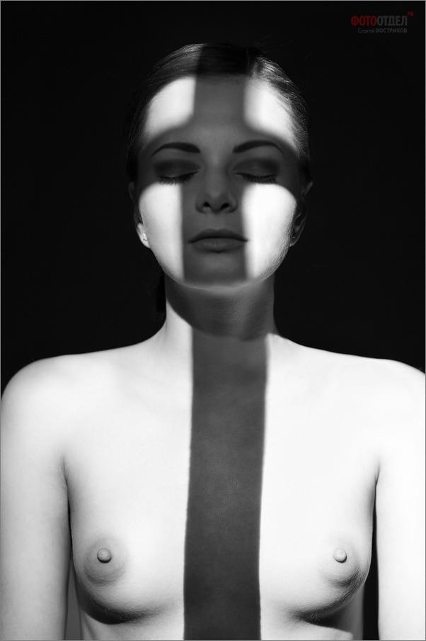 gadinagod_girls_naked_shadow_15