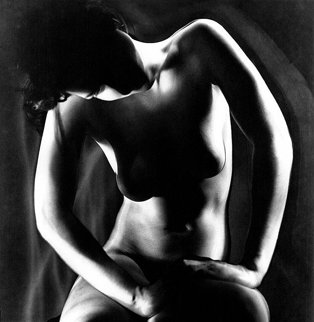 gadinagod_girls_naked_shadow_17