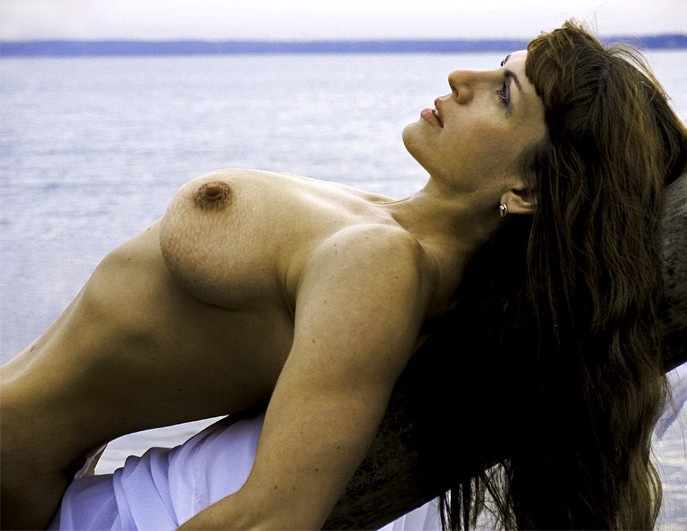 shore_naked_girl_pictures_23