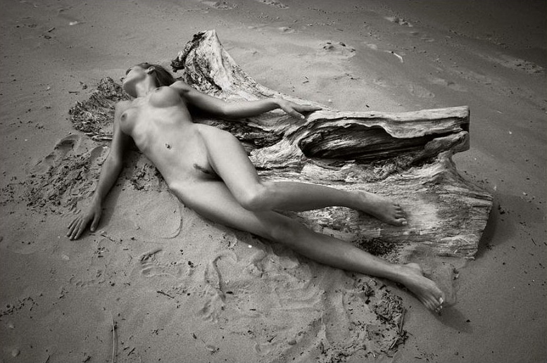shore_naked_girl_pictures_33
