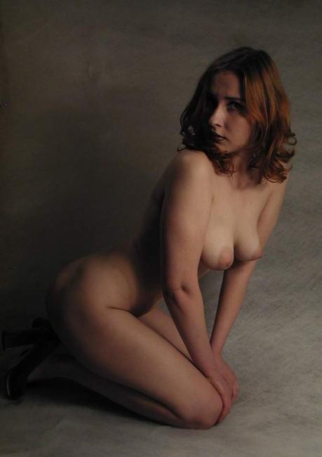gadinagod_girls_naked_on_the_lap_03