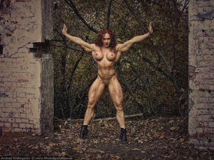 gadinagod_girls_naked_red_06
