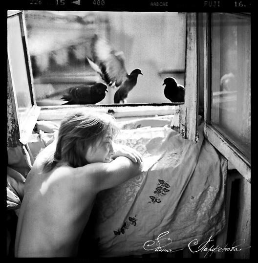 gadinagod_girls_naked_birds_21