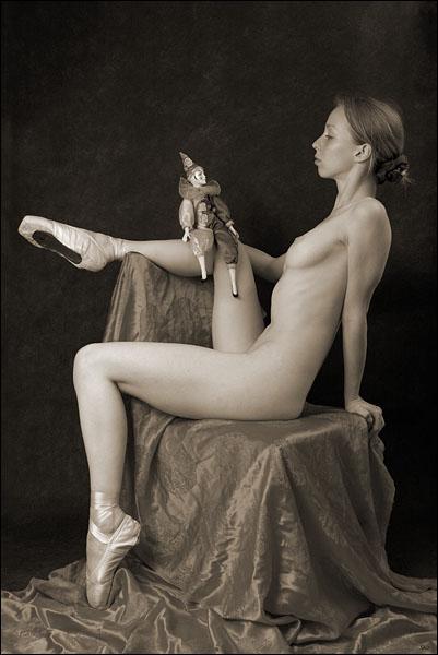 gadinagsd_girls_naked_pointe_shoes_14