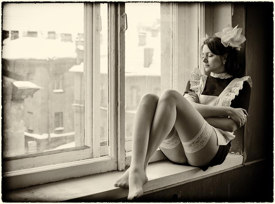 gadinagod_girls_naked_stockings_03